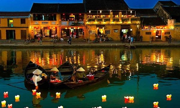 Những địa điểm không thể bỏ qua khi đi du lịch Đà Nẵng